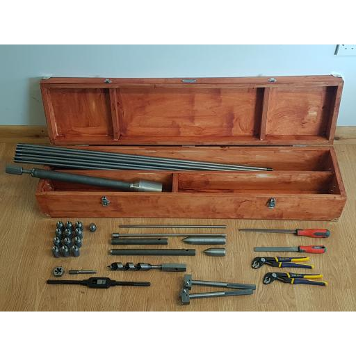 Mackintosh Prospecting Kit